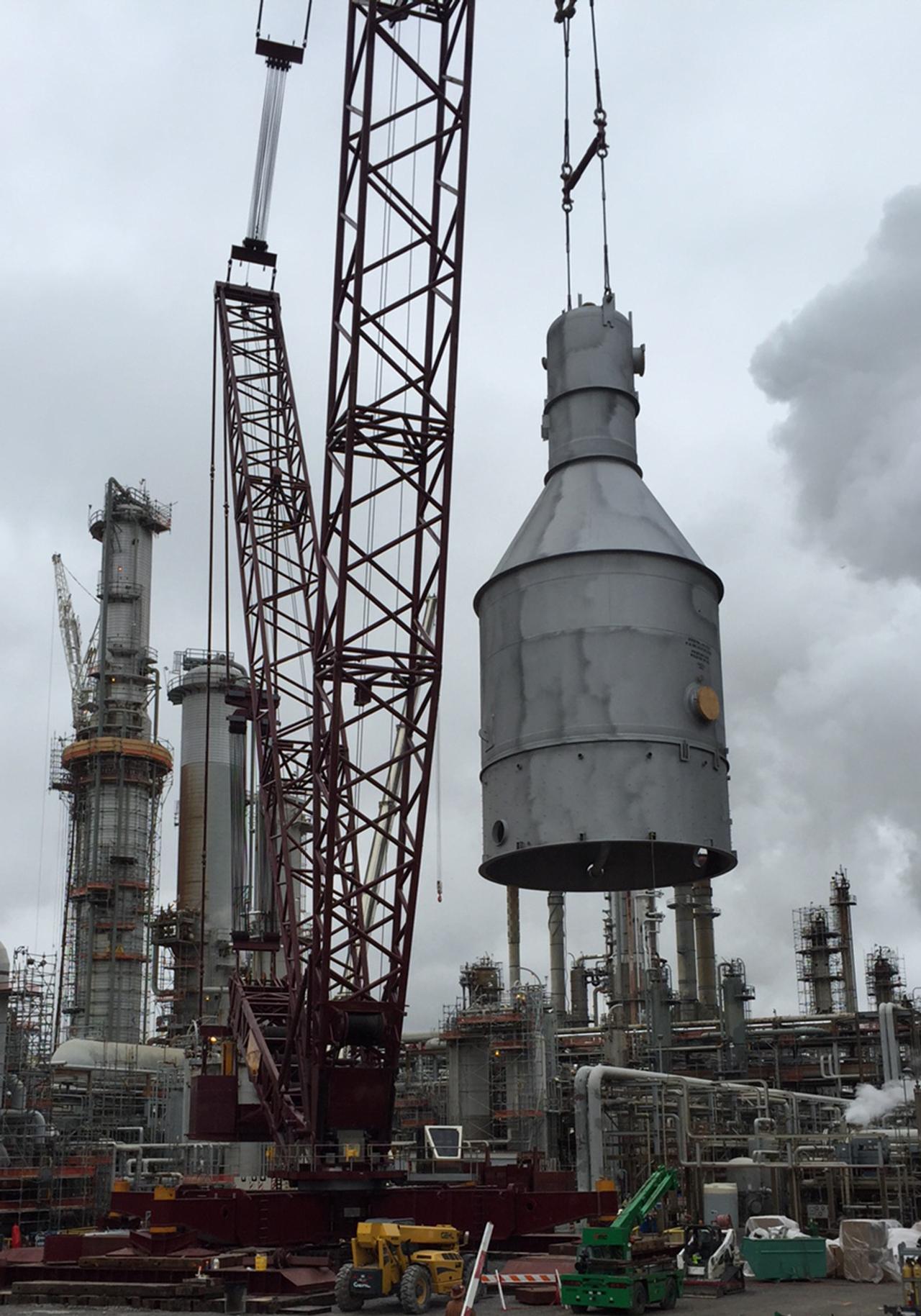 1800 Ton Crane for Heavy Lift Project