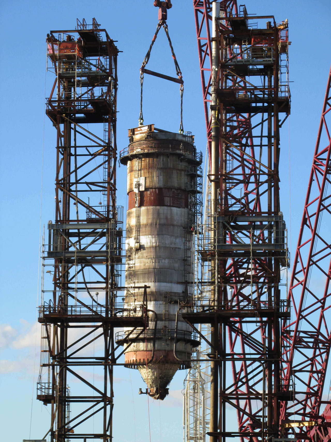 Crane for Heavy Lift Projects