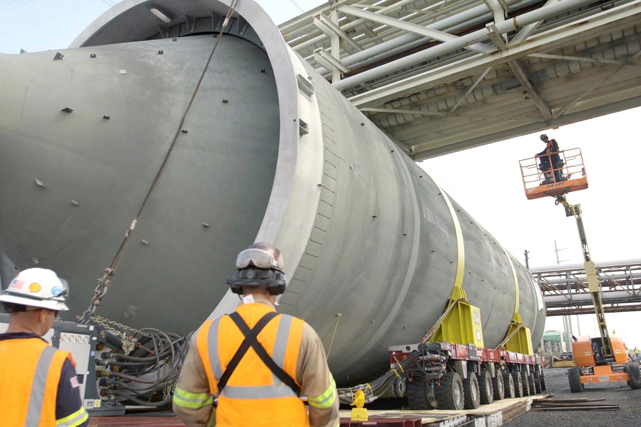 SPMT transport for chemical plant